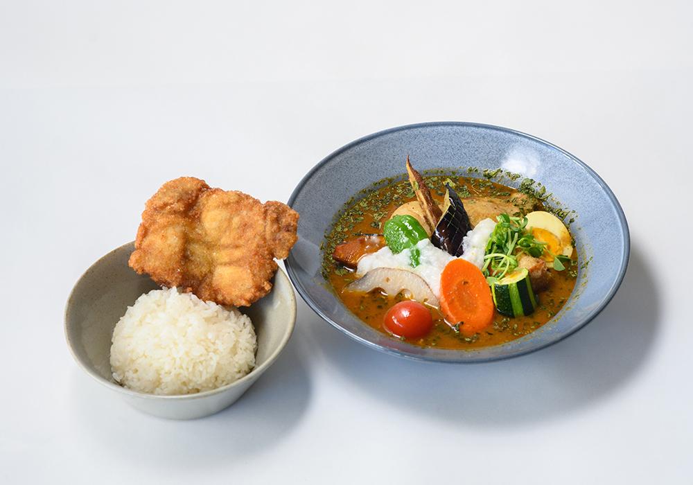 北海道産とろろと野菜のスープカレー